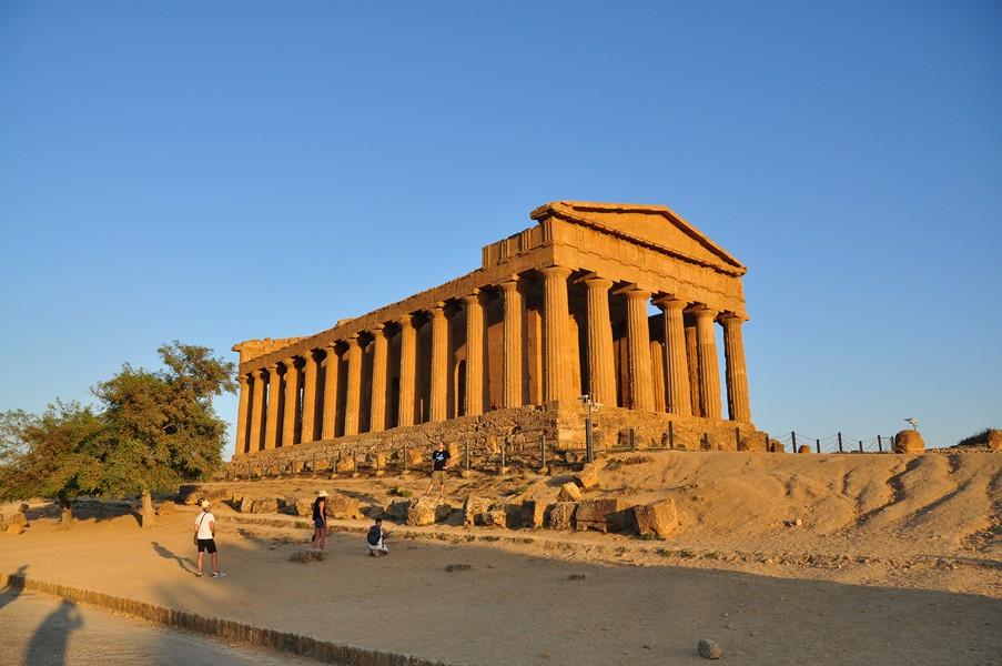 Świątynia Junony Łacińskiej