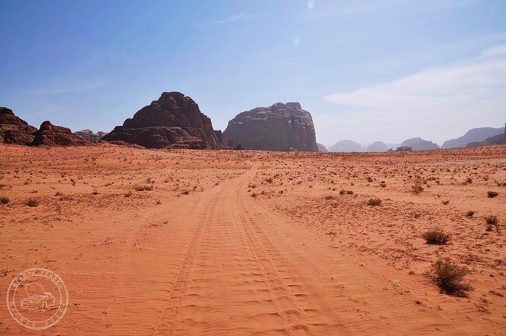 Drogi na Wadi Rum
