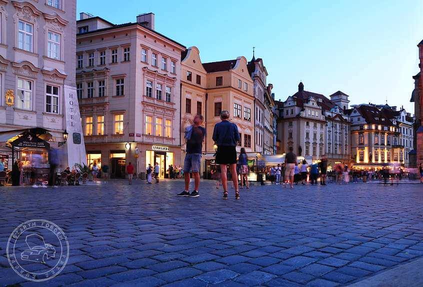 Kamienice na rynku w Pradze